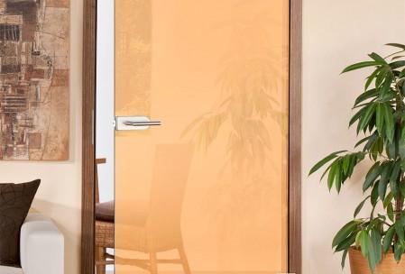 Zimmertüren aus farbigem